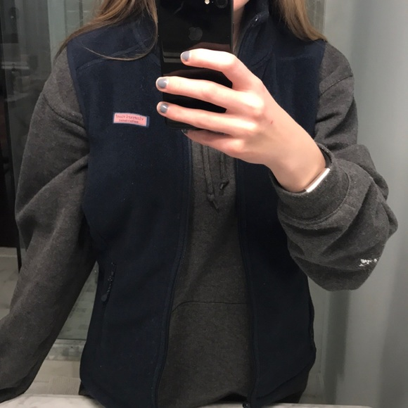 Vineyard Vines Jackets & Blazers - Navy Vineyard Vines Fleece Vest